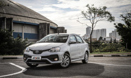 Etios despenca nas vendas com chegada do Yaris