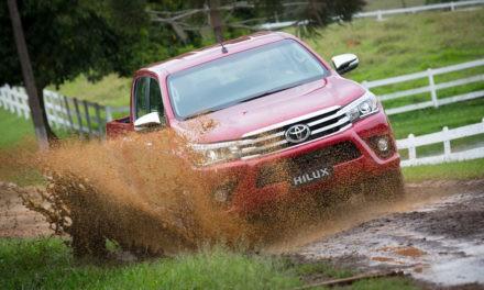 Toyota convoca 10 mil veículos por problemas em air bags