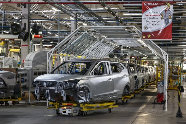 Nissan demite 398 funcionários dois dias antes de retomar produção