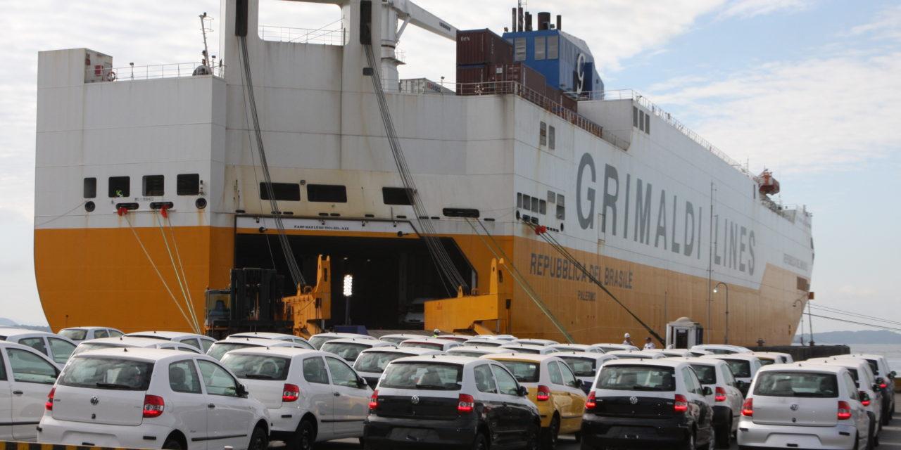 Exportações superam 180 mil veículos, novo recorde
