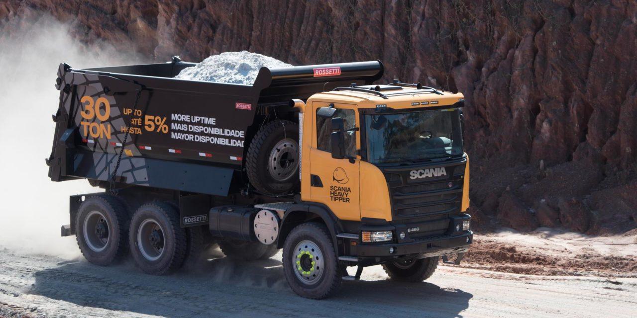Scania lança o Heavy Tipper, caminhão global para mineração
