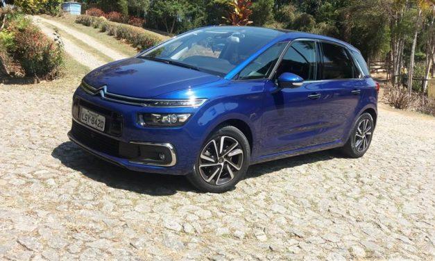 Citroën C4 Picasso resgata o melhor dos monovolumes e vai mais além