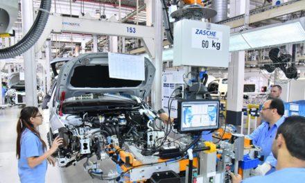 Produção de veículos cresce 27% no ano