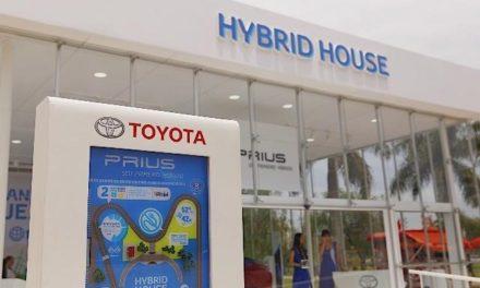 Toyota divulga a tecnologia híbrida no Parque Villa Lobos