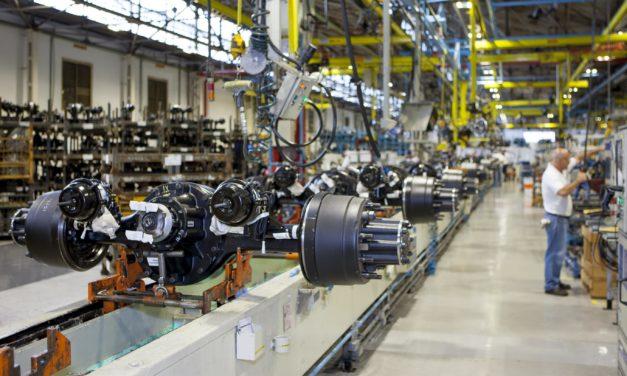 Mercado de pesados cairá 21% em 2020, segundo nova projeção da Anfavea