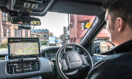 Jaguar realiza testes com veículos autônomos no Reino Unido