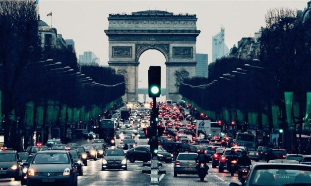 Venda de automóveis na Europa cai 8% em novembro