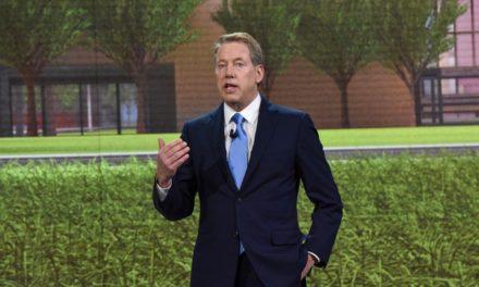 Ford lançará 40 veículos híbridos ou elétricos até 2022