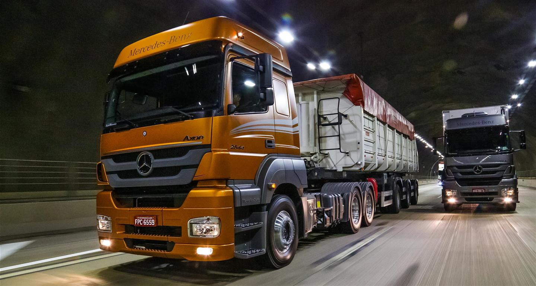 Caminhões: Mercedes-Benz lidera, mas perde participação.