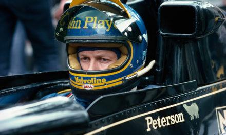 O dia que piloto da F1 comeu poeira da Kombi