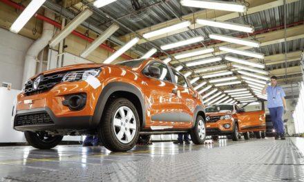 Renault acelera produção do Kwid no Paraná