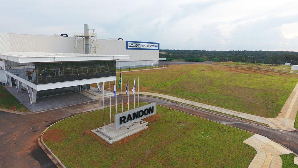 Randon inaugura unidade de Araraquara