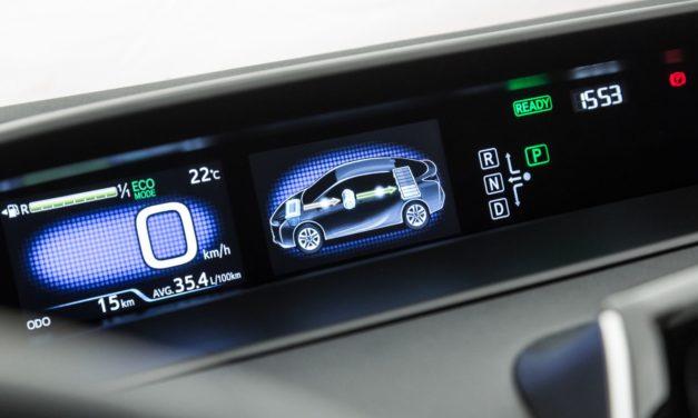 Brasil poderá ter 500 mil veículos eletrificados nas ruas em 2026
