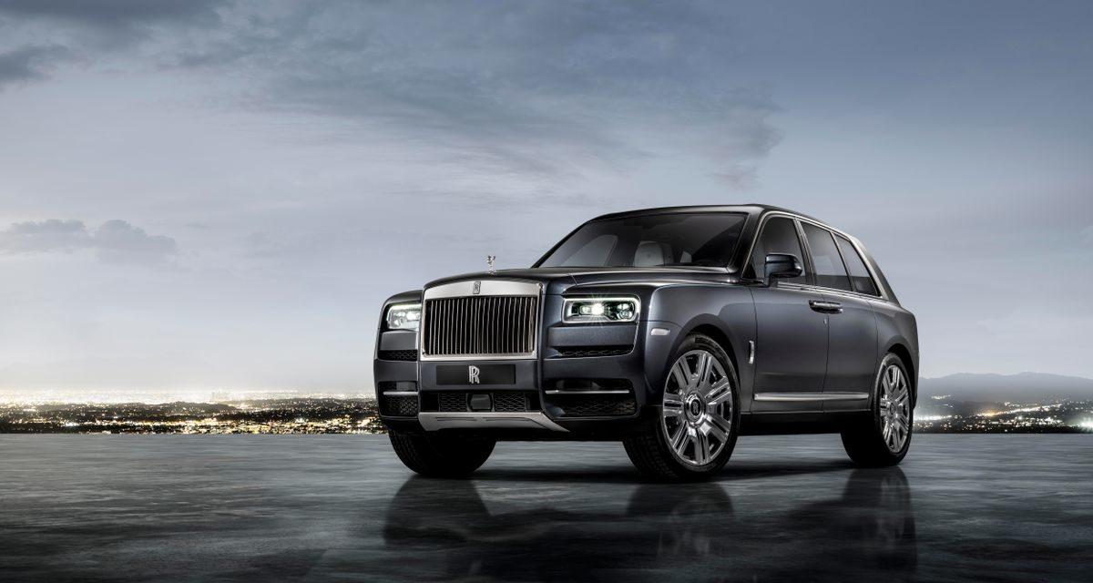 Rolls-Royce revela seu primeiro SUV