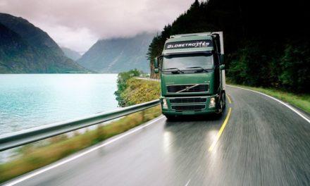 Volvo FH completa 25 anos