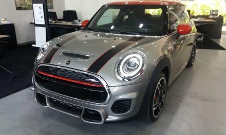 Novo Mini Hatch muda pouco e chega em junho