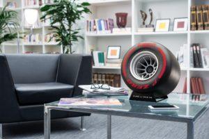 alto-falante Pirelli P Zero
