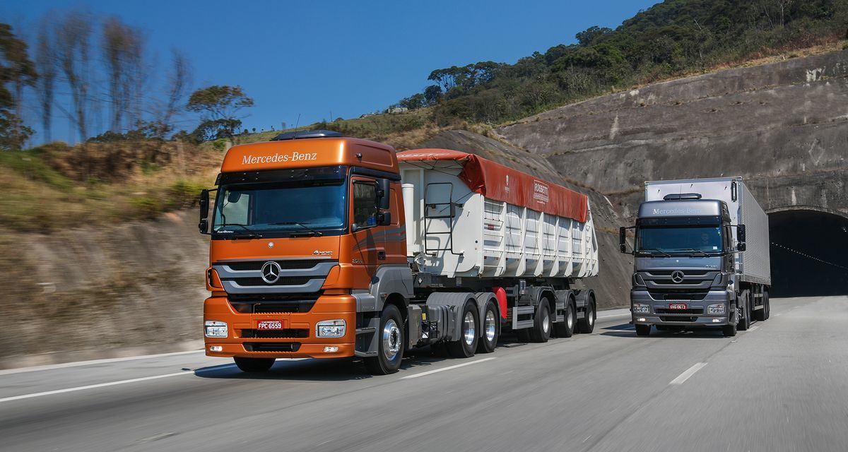 Mercedes-Benz lidera sem ameaças