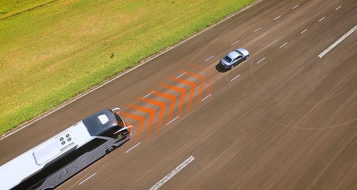 Mercedes-Benz integra tecnologias autônomas em ônibus