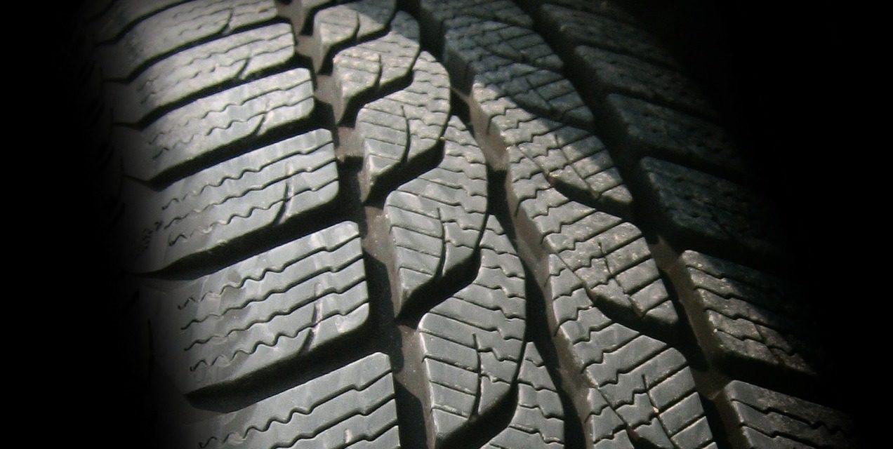 Bridgestone desenvolve polímero híbrido mais resistente e flexível