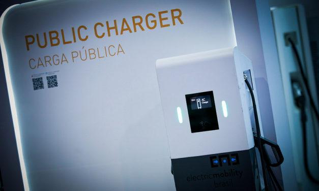 Estrutura e oferta de energia não são impeditivos para o carro elétrico, avaliam distribuidoras