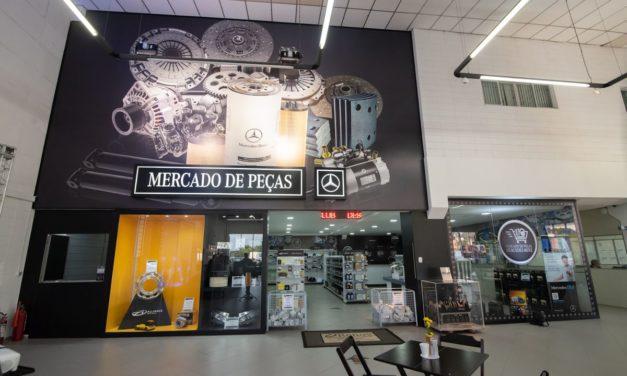 Mercedes-Benz leva o balcão de peças para as prateleiras