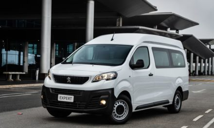 Peugeot inicia as vendas do Expert Minibus