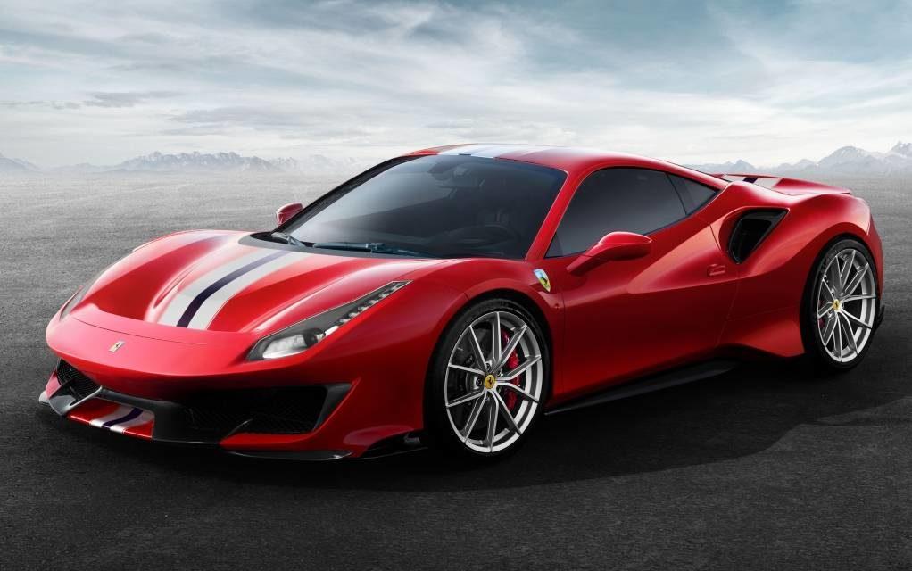 Superesportivos e SUVs premium no Salão do Automóvel