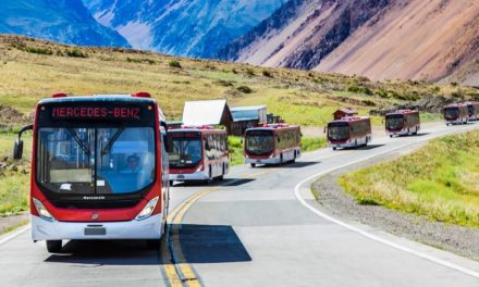 BRT Transantiago compra quinhentos ônibus Mercedes-Benz