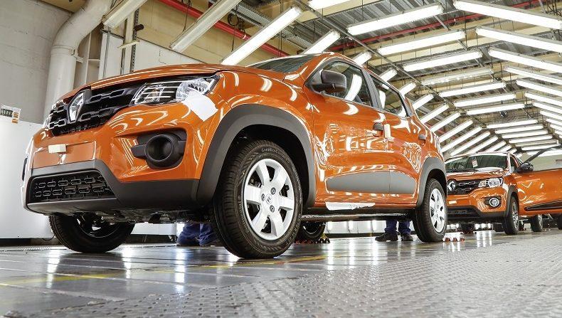 Trabalhadores da Renault decidem manter greve