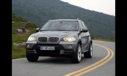BMW convoca proprietários de X5 e X6