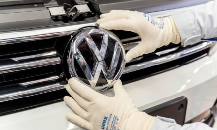 Líder pelo segundo mês consecutivo, Volkswagen cola na GM