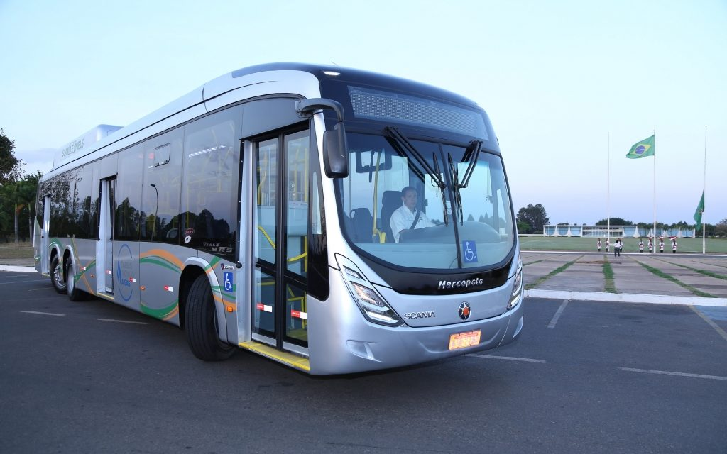 Scania faz parceria para testes com ônibus a gás em Curitiba