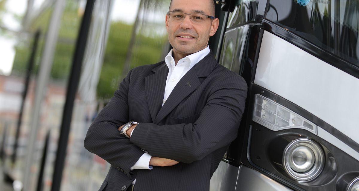 Mercedes-Benz tem frota de ônibus exclusiva para demonstração