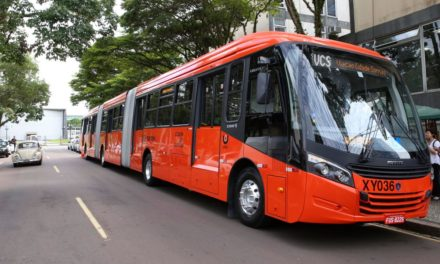 Scania rompe a hegemonia da Volvo em Curitiba