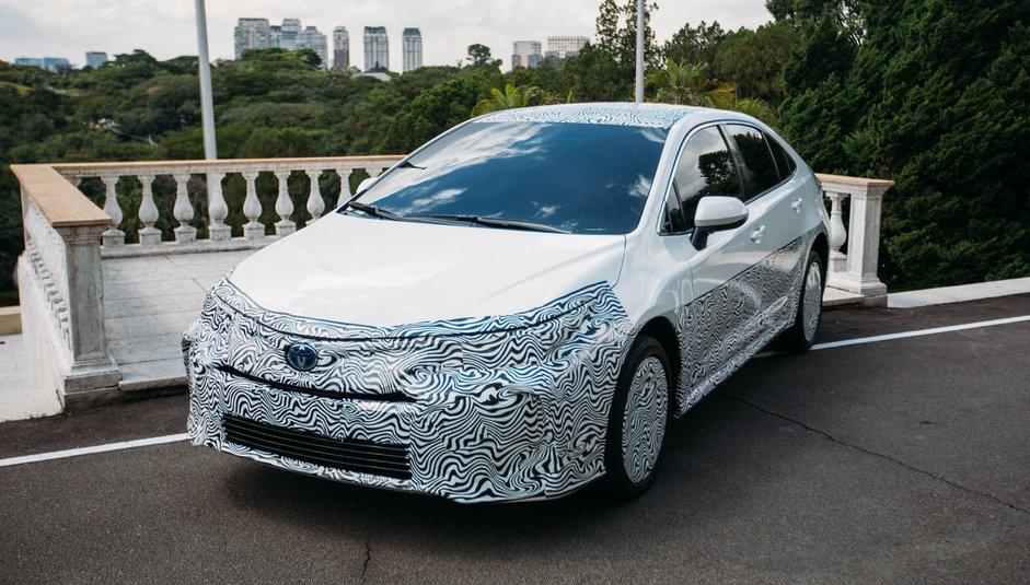 Corolla híbrido flex chega ao mercado no fim do ano