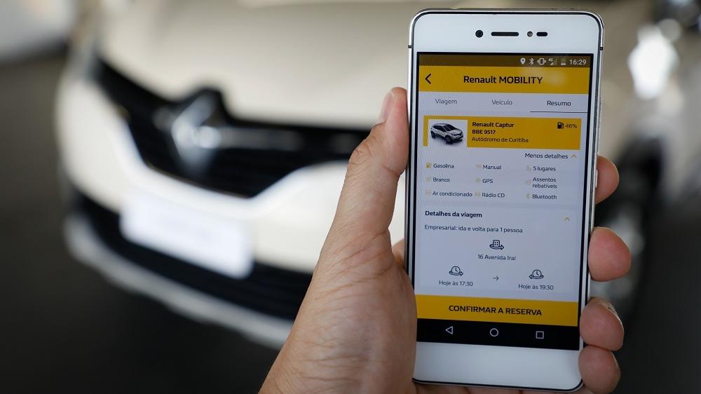 Renault compartilha a frota com funcionários