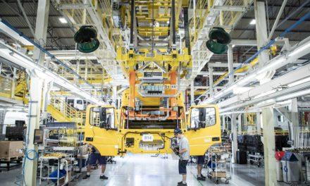Produção de pesados acumula 35 % de queda no 1º semestre
