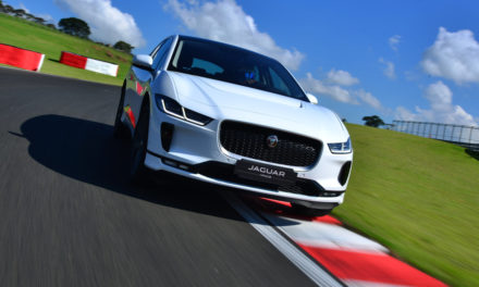 Elétrico, Jaguar I-Pace custa R$ 437 mil