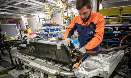 Volvo Car fecha contrato de baterias por 10 anos