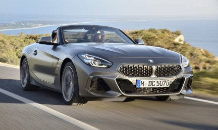 Conversível Z4 chega à rede BMW por R$ 310 mil