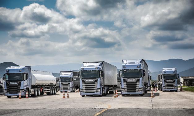 Scania: mais de oito mil caminhões da nova geração negociados.