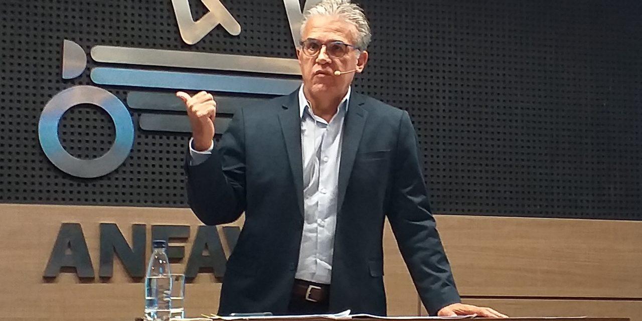 Anfavea explica proposta de adiamento do Proconve