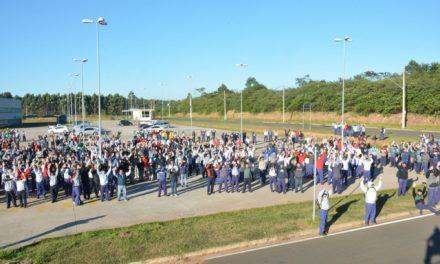 Metalúrgicos de Sorocaba realizam ato em defesa do emprego