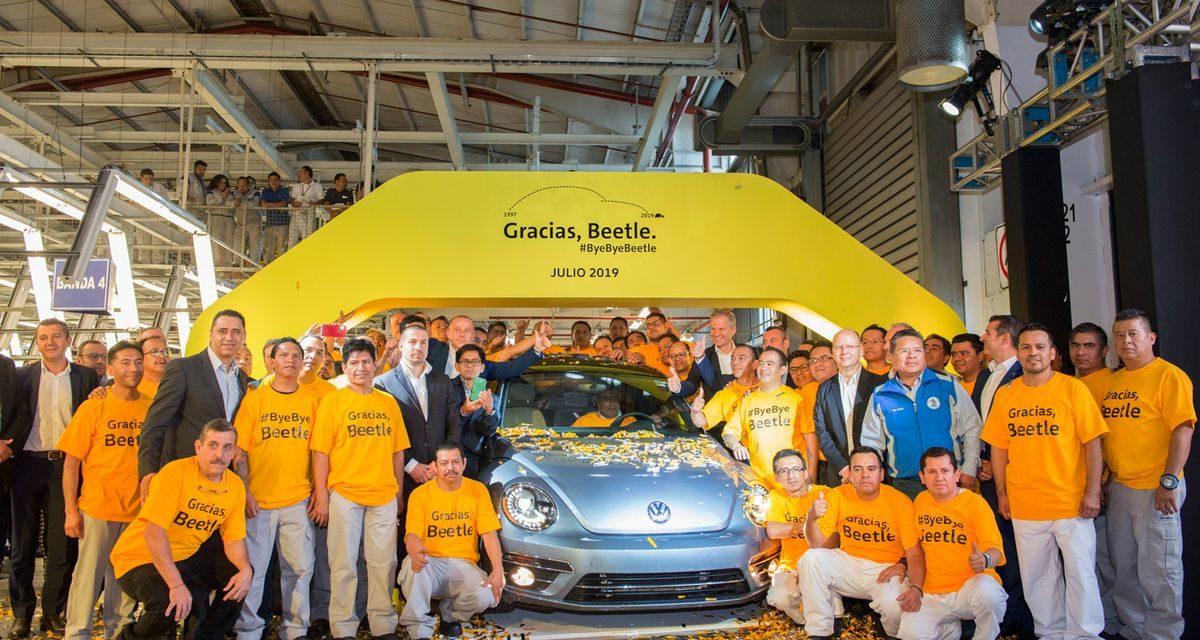 VW encerra produção do Beetle