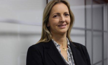 Lindaura Prado é a vice-presidente de RH da PSA na América Latina