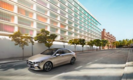 Mercedes-Benz inicia oferta do Classe A Sedan