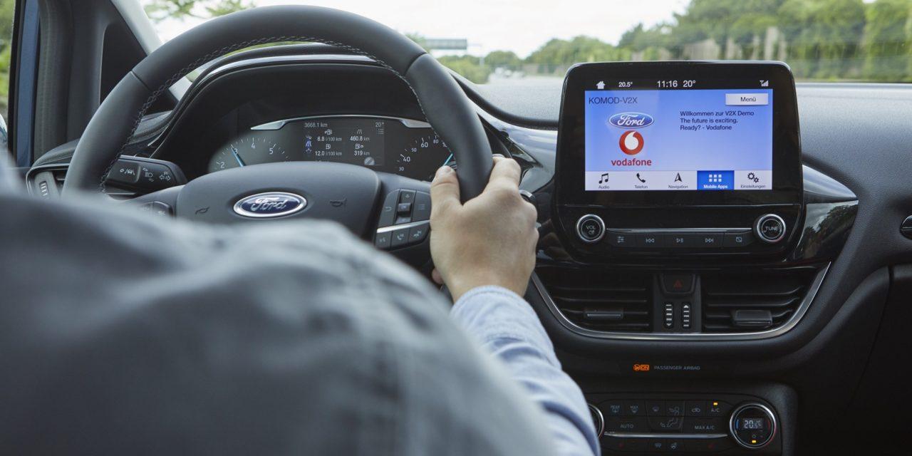 Ford testa sistema que busca vagas para estacionar