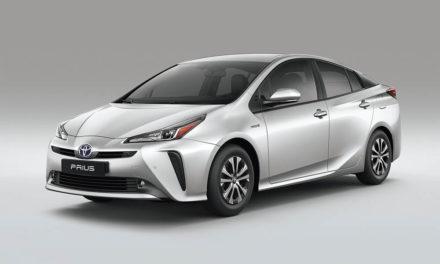Toyota inicia pré-venda do Prius 2019
