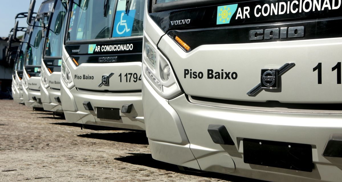 Volvo participa de renovação de ônibus em SP